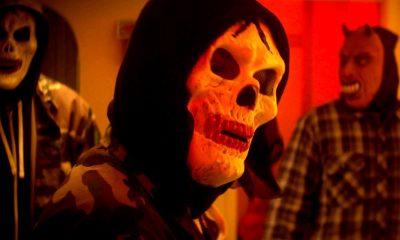 """""""For the Sake of Vicious"""": la nueva película de terror Claustrofóbicoy violencia"""